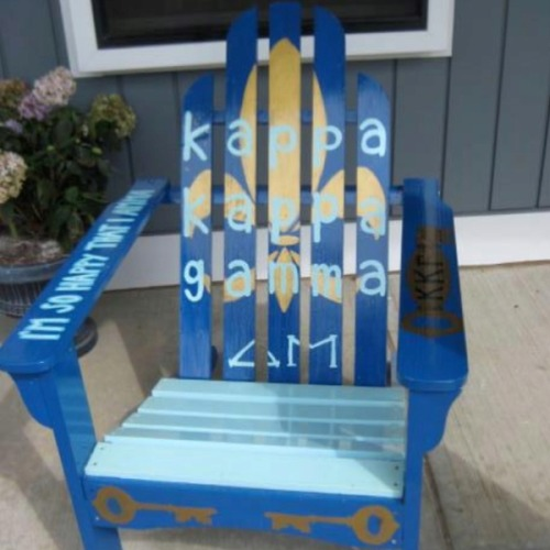 sorority-l0ve:  Kappa Gamma girl chair!