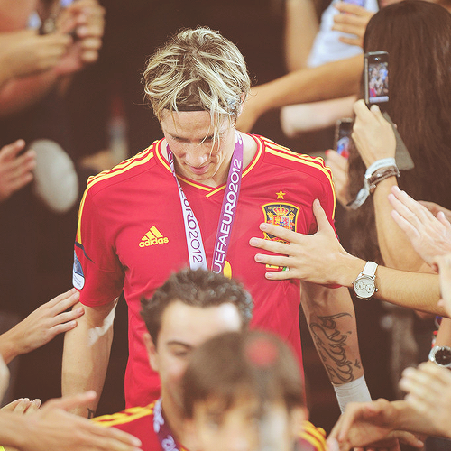 18/100 favorite photos of Fernando Torres