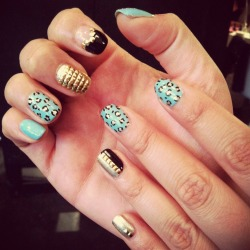 Another turquoise, gold & black mani (with signature full-studded nail!)
