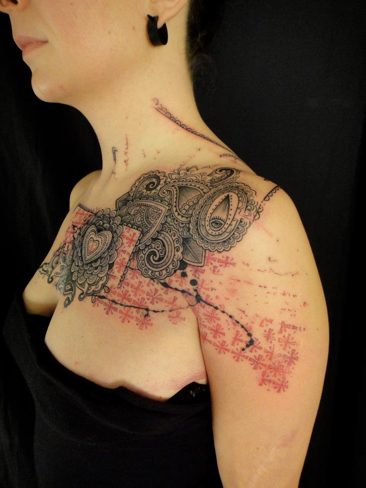 purpleflowerpower:  purplejunkey:xn—b6h:myedol:    Tattoos by Xoil