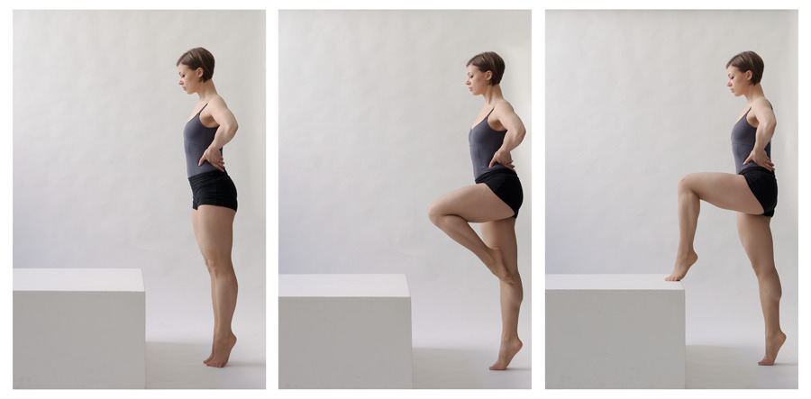More dancing, using day light studio. Model/dancer: Svetlana Stokke