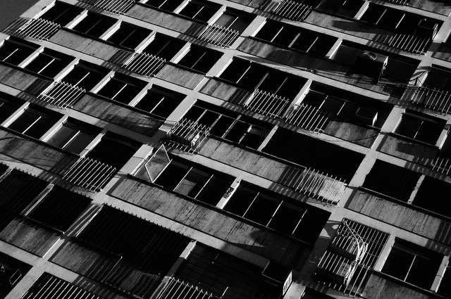 sin título on Flickr.cerradas ventanas Caracas @FiverWeed twitter / flickr / blogger / tumblr