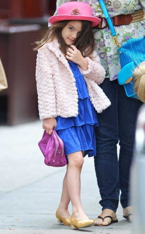 How cute is Suri Cruise's outfit?! Check out her NYC style as she interviews for new schools here: http://eonli.ne/NHAmZ5