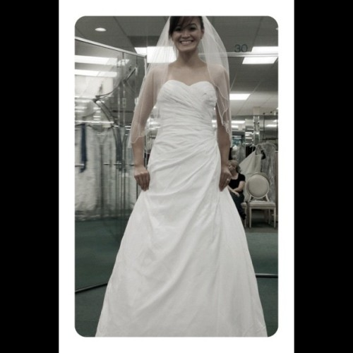 Dress 5! @frametastic #wedding #dresses #davidsbridal #florida #igersmanila #igers  (Taken with Instagram)