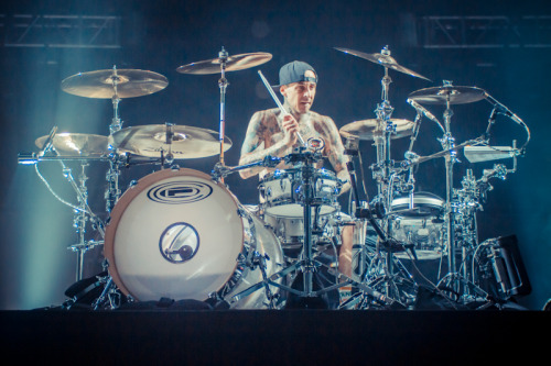 Last night i had the pleasure of photographing Blink 182 live @ Cardiff Motorpoint Arena for Alternative Vision. A full set of photos and a review will be up very soon, but for now, here is a quick edit of Travis Barker to get you excited for the rest of the set.