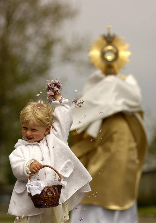 fathershane:  catholiclove:  (via imgTumble)  Still one of the greatest photos of all time.