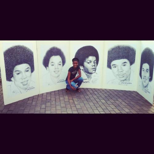 "http://forbrowngirls.tumblr.com/ At the Jacksons' Unity Tour stop in Baltimore, Md. titled either""fro gang"" or ""loving the crew"" lol"