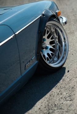 nissan flush stance fitted slammed datsun stanced 240z flares 260z hre wheels