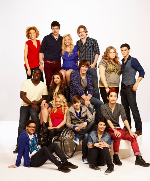 Wanna meet your FAV contender on The Glee Project? Enter the Superfan Search sponsored by Neutrogena Naturals for your chance to win: http://bit.ly/TGPSuperfanWho would YOU want to meet?