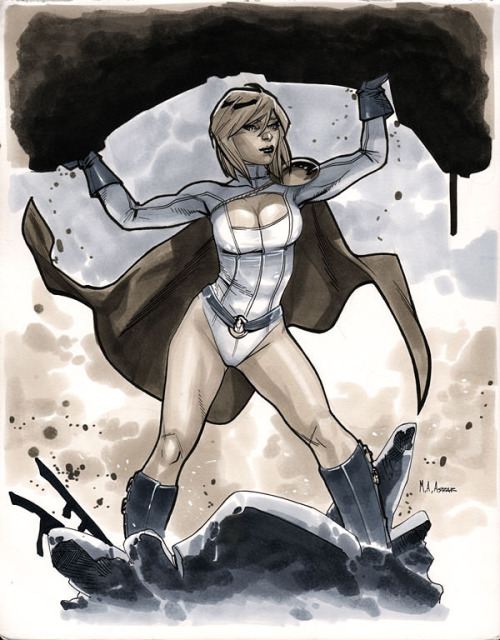 Comic Con Paris 2012 - Power Girl Pre-Show Commission