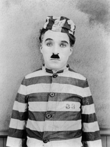 fuckyeahchaplin:  Charlie in the Adventurer c.1917