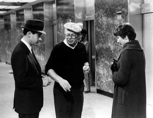 Billy Wilder directs Jack Lemmon and Shirley MacLaine in The Apartment