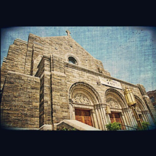 Good Shepherd Church #instagramuptown #uptown #washingtonheights #inwood #church #canon  (Taken with Instagram)