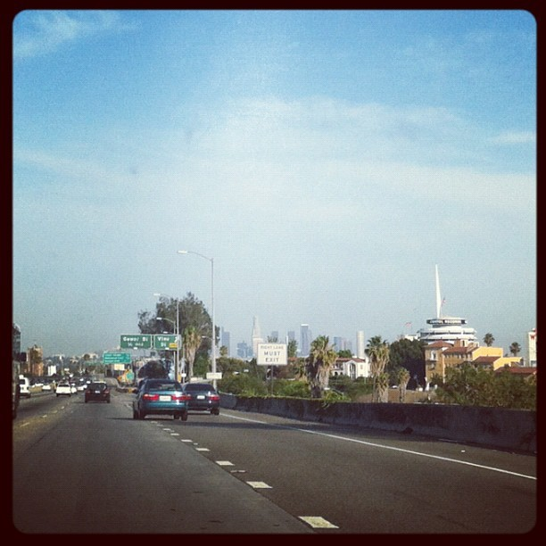 #losangeles in the #passanger seat, heading to @littlebirdsalas' #poetry read. (Taken with Instagram)