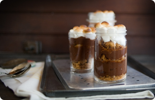 s'mores pudding in a jar.