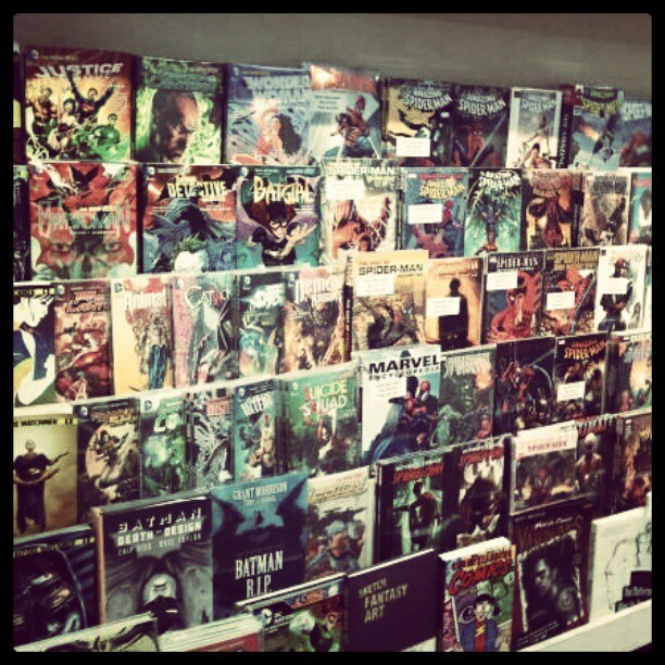 Comic Heaven #comiccity #wonderwoman #justiceleague #batman #spiderman #superman #marvel #superheros  (Taken with Instagram)