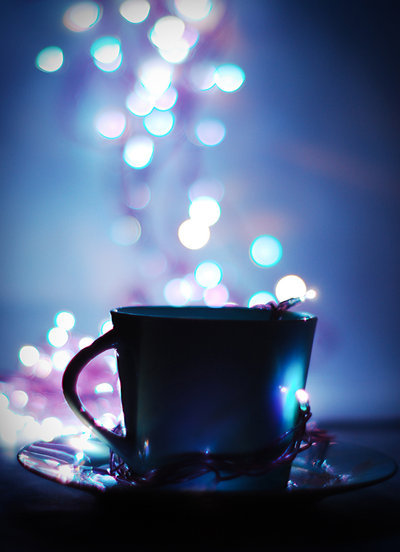 archaic-pillars:  cup of bokeh by ~groundhog-day