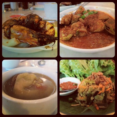 Old China Cafe; asam prawns, tamarind pork, salted veg duck soup & jiu hu char ❤✌ (Taken with Instagram at Old China Cafe)
