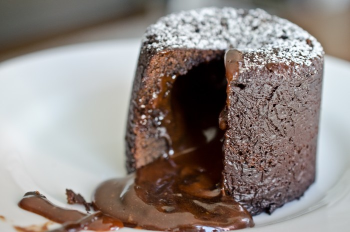 (со страницы Chocolate Lava Cake with Salted Caramel)