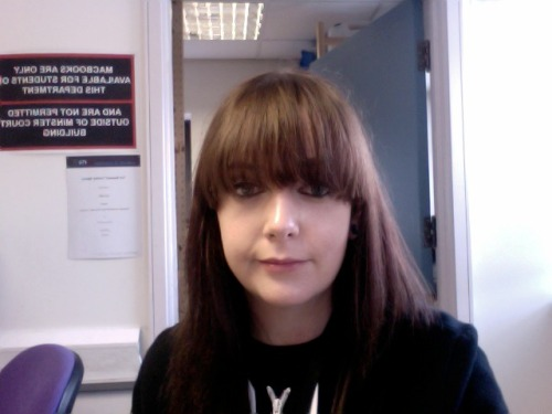 For the love of god someone tell me the best way of cutting my own fringe??