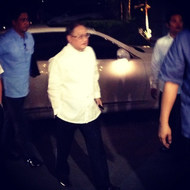 TV5 Chairman Manny V. Pangilinan arrives here at Heritage Park  (Taken with Instagram)