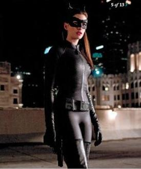 Anne Hathaway as Selina Kyle/Catwoman in The Dark Knight Rises.