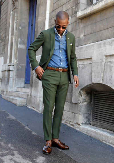 downeastandout:  Olive suit