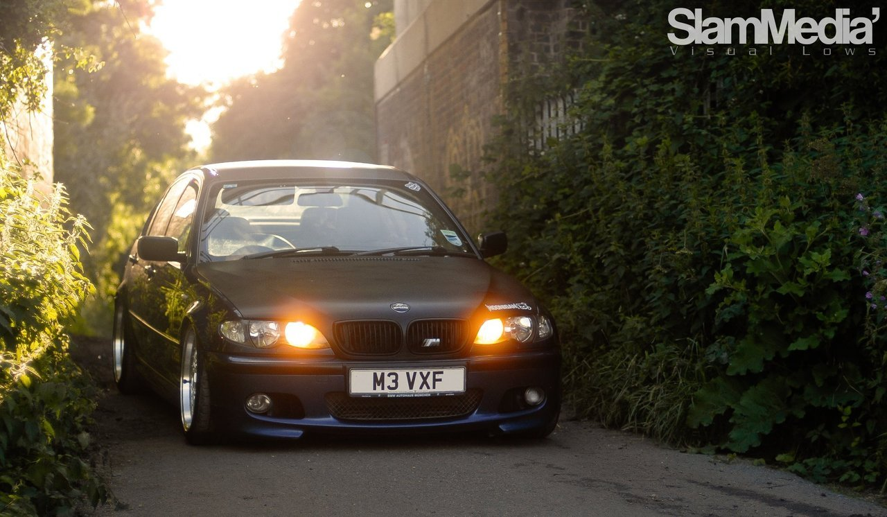 Awesome BMW E46 330d shot by SlamMedia!