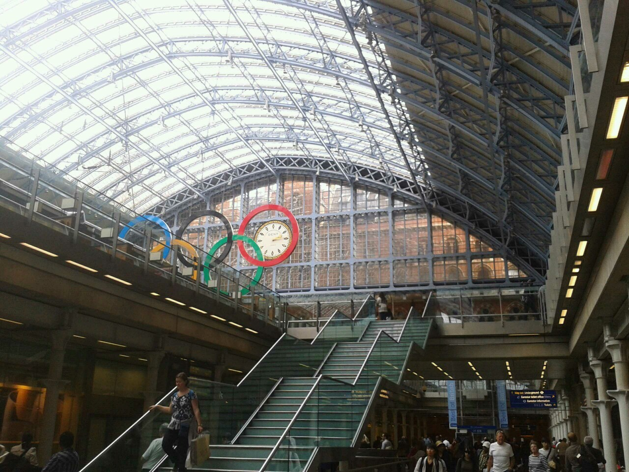 St. Pancras International may be one of the most beautiful train stations ever.
