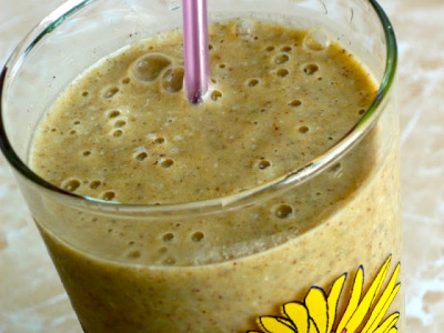 Banana Spice Post Workout Smoothie     (click image for recipe)