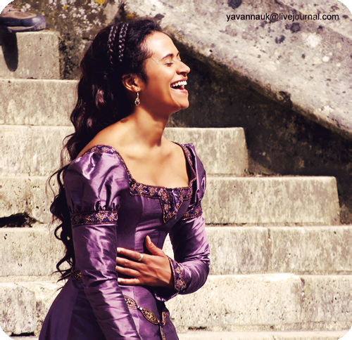 the-eyes-of-merlin:   83/100 ♔ Angel Coulby