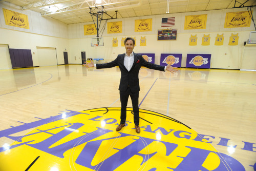 nba:  July 11, 2012: Lakers introduce Steve Nash. (Photo by Andrew D. Bernstein/NBAE via Getty Images)