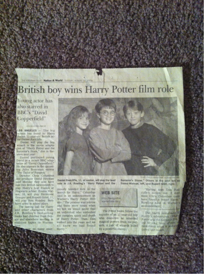 happyhealthyhopeful:  Just found this newspaper clipping from 2000 in tge bottom of a drawer. Little cuties! I remember being so excited seeing this!