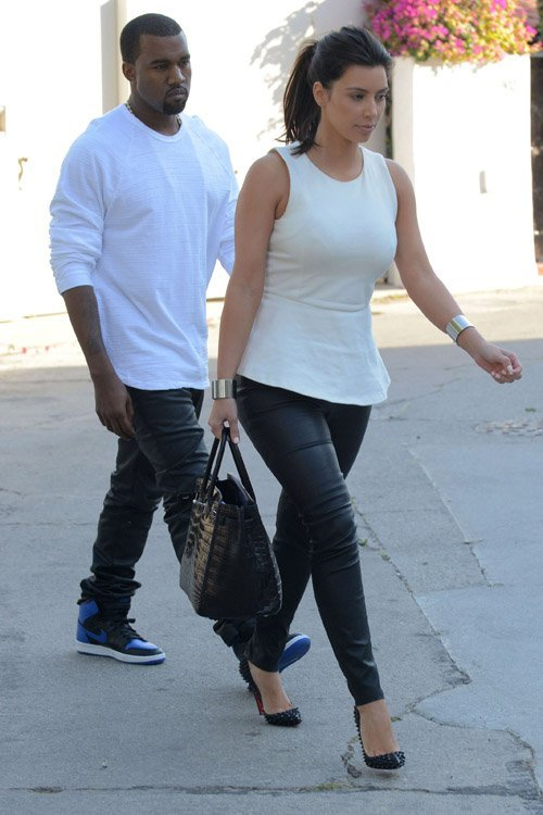 jorjor14:  Kanye West and Kim Kardashian out and about in Los Angeles.