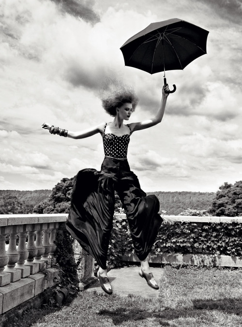 vogue:  Ain't No Sunshine: What to Wear for the Rainy London Summer Photographed by Patrick Demarchelier See the slideshow on Vogue.com