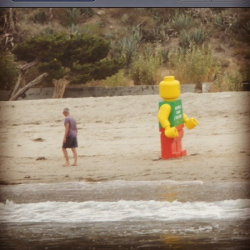 8-Foot-Tall Lego Man Washes Up on Topanga Beach; No One Gives a Damn An interesting story about the art of international artist Ego Leonard who's pulled similar stunts in the netherlands, the uk, and florida with the last locale actually detaining him and holding him in custody. Nice one Florida!
