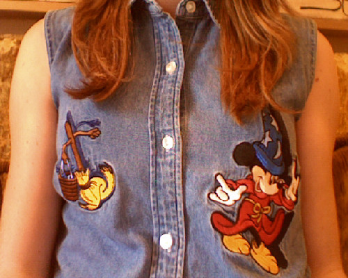 little-ink-splasher:  My Sorcerer's Apprentice button-down