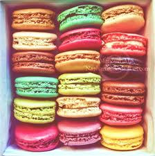 glutenfreediaries:  French Macarons: delicious and gluten free click here for recipe