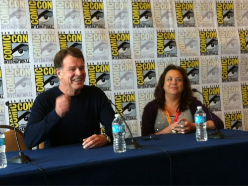 John Noble‬ speaking about ‪Dark Matters‬ at SDCC. (source: @syzzlyn)
