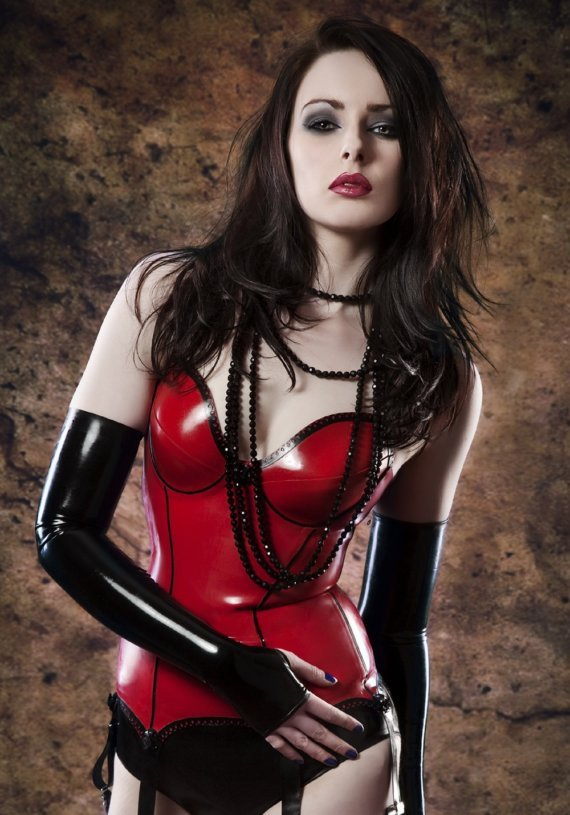 latexlatexlatex:  Very sexy basque!
