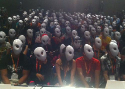 They gave away Owl masks at the Batman panel. I want one so bad.