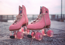 cherriesandpsychobetties:  i'm going to save up for some skates :)