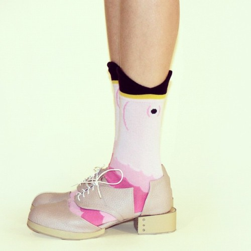 Can you flamingo? Deandri pale pink Charlie oxfords up on Solestruck