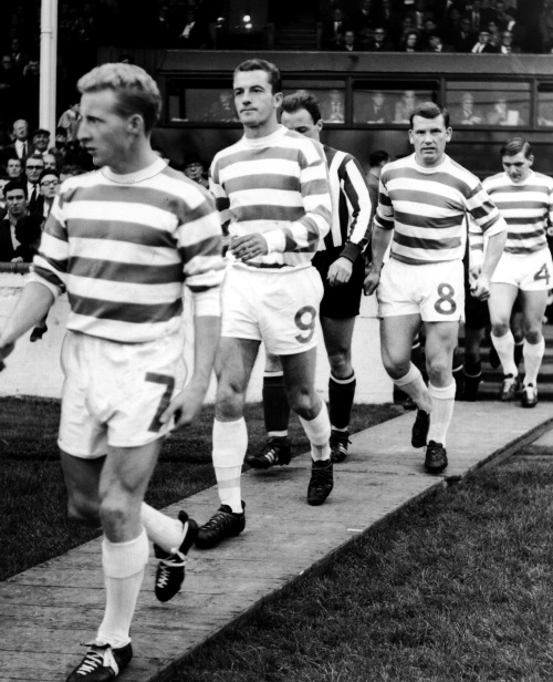 footballarchive:  Celtic great, Joe McBride (No. 8 in the photo), has passed away at the age of 74. RIP.Source: TheScore