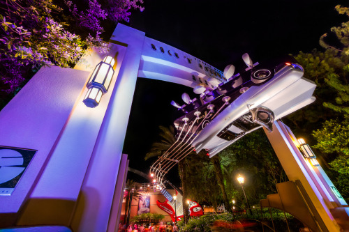 Hollywood Studios - Rock 'n' Roller Coaster (by SpreadTheMagic)