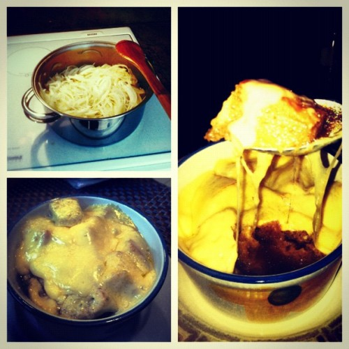 I really should have gone to culinary school #Damnit #FrenchOnionSoup #Baller  (Taken with Instagram)