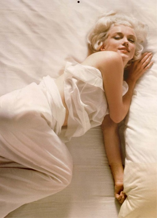 1961: Marilyn by Douglas Kirkland.
