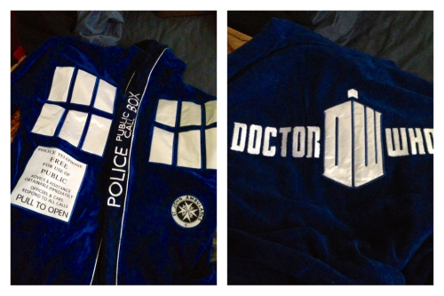 Doctor Who TARDIS Robe iseemusicihearstarlight:  Did I mention I got a TARDIS bath robe at Comic Con today? I wanted it because of reasons.  Nice grab. Everyone not at San Diego Comic-Con can pre-order them online at BBCAmericaShop.com. If you picked up Doctor Who swag at Comic Con today, share it with everyone by tagging it #DWSDCC!