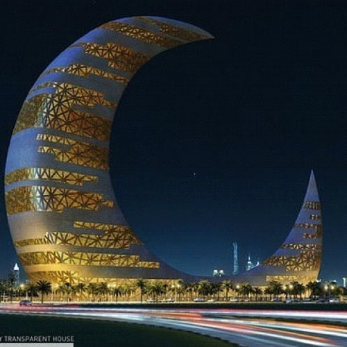 Crescent Moon skyscraper in Dubai #byanother #architecture (Taken with Instagram)