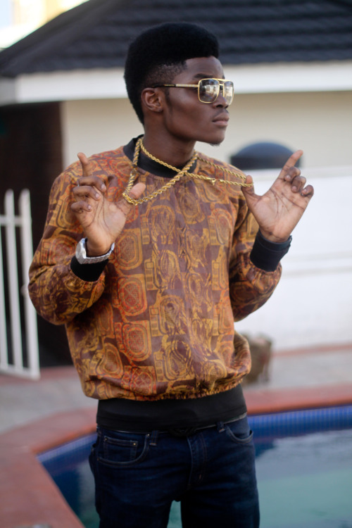 fuckursmilez:  blackfashion:  Fiyin Osinbajo 16, Lagos submitted by: www.fiyinosinbajo.tumblr.com  O_o take me to africa…Now!!!  http://snd.sc/P66da9